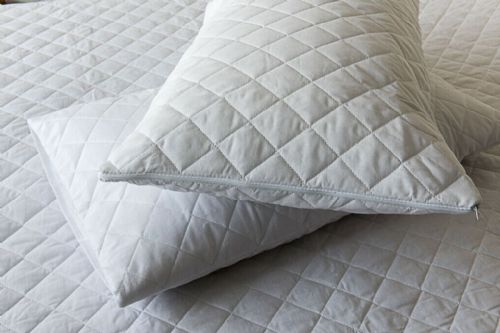 Quilted Polycotton Waterproof Extra Deep 33 cm Mattress Cover/Protector